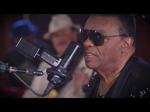 Video The Isley Brothers & Santana - Power Of Peace (EPK)