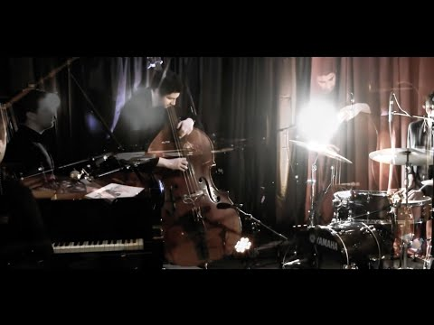 Video Hey Jude - The Beatles (jazz cover: Joachim Caffonnette Trio)